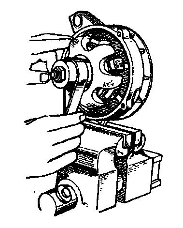 Зачистка контактных колец шкуркой