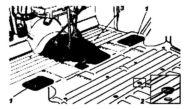 Расположение люков и заглушек в полу кузова